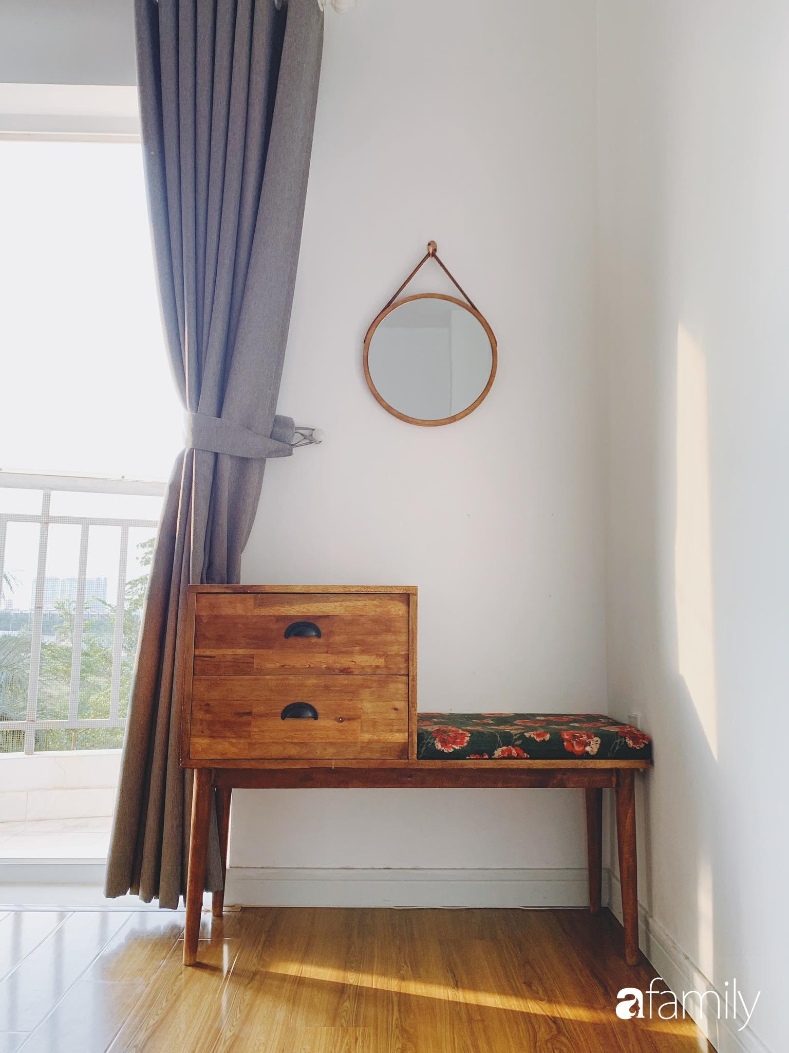 Căn hộ thuê lại được thiết kế nội thất thẩm mỹ và tối giản của cặp vợ chồng yêu thích sống tự do ở Sài Gòn - Ảnh 10.