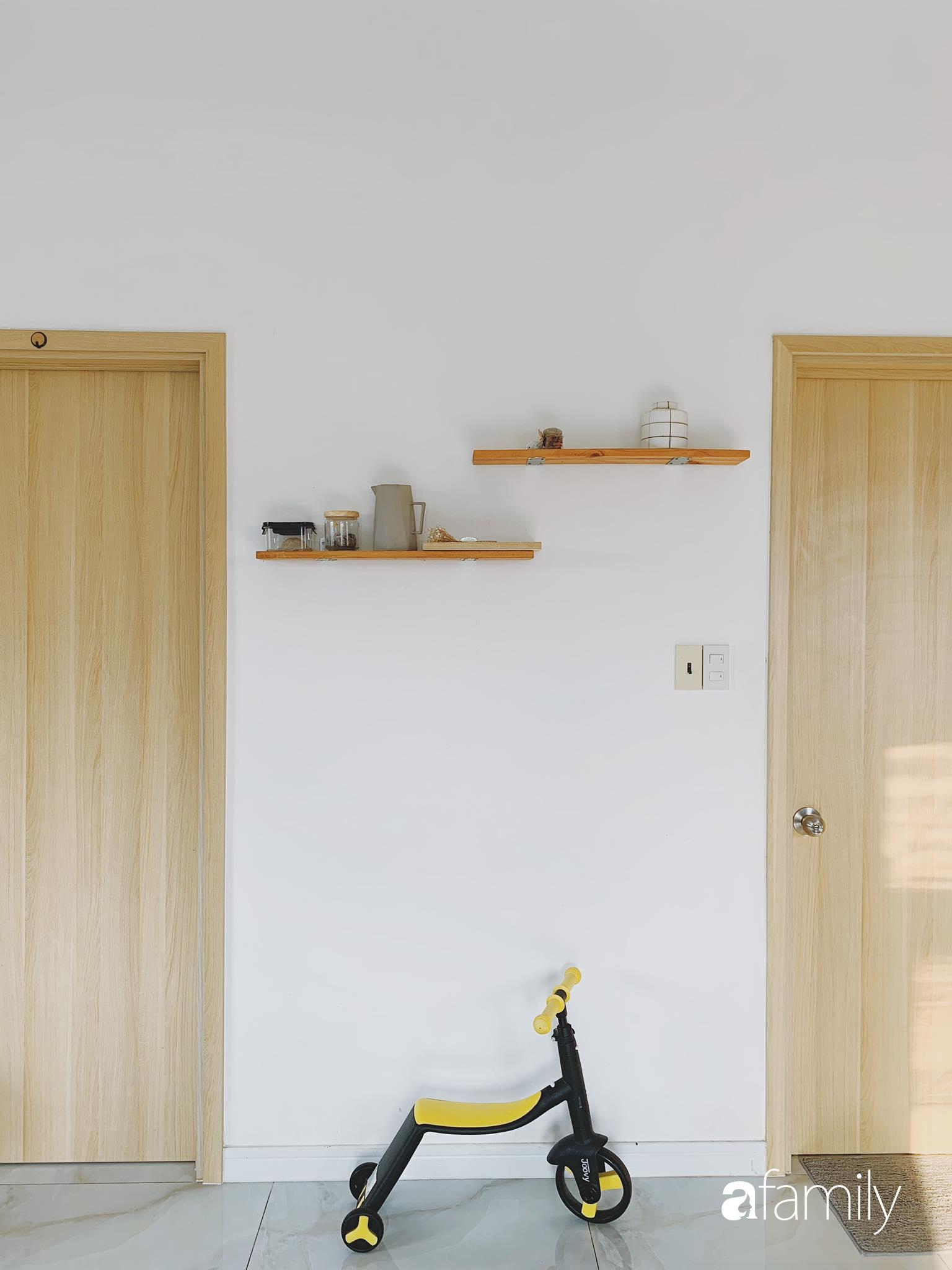 Căn hộ thuê lại được thiết kế nội thất thẩm mỹ và tối giản của cặp vợ chồng yêu thích sống tự do ở Sài Gòn - Ảnh 6.