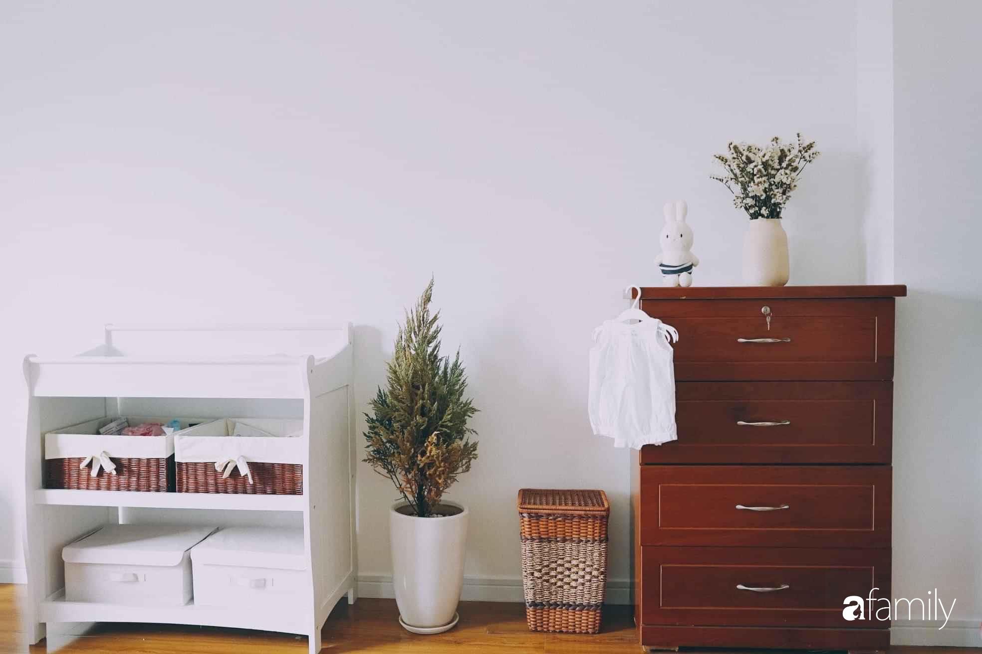 Căn hộ thuê lại được thiết kế nội thất thẩm mỹ và tối giản của cặp vợ chồng yêu thích sống tự do ở Sài Gòn - Ảnh 13.