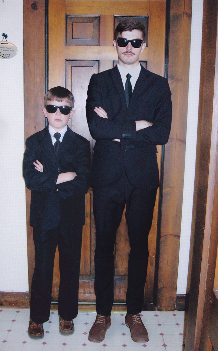 Với tài Photoshop điệu nghệ, chàng trai có thể quay ngược thời gian để gặp chính mình hồi bé - Ảnh 5.