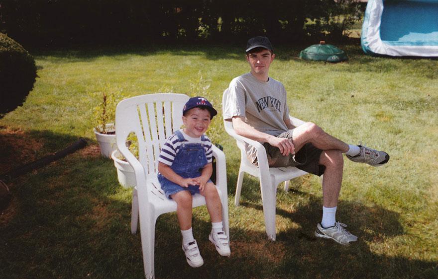 Với tài Photoshop điệu nghệ, chàng trai có thể quay ngược thời gian để gặp chính mình hồi bé - Ảnh 16.