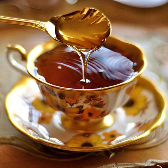 """Mật ong là liều thuốc quý của tuổi thọ nhưng khi dùng cần nhớ nguyên tắc """"6 kiểu người KHÔNG dùng, 5 thực phẩm CẤM kết hợp"""" - Ảnh 2."""