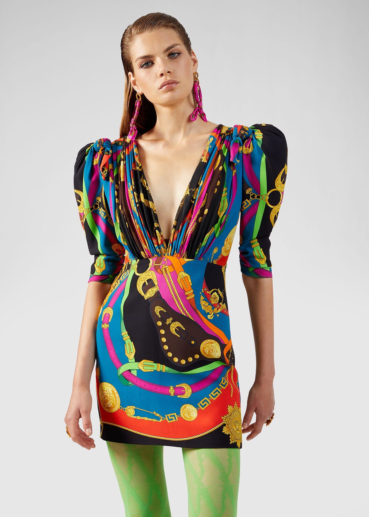 Váy càng ngắn thì càng tôn dáng? Pha cắt váy của stylist cho 3 mỹ nhân đụng hàng sẽ cho bạn câu trả lời - Ảnh 2.
