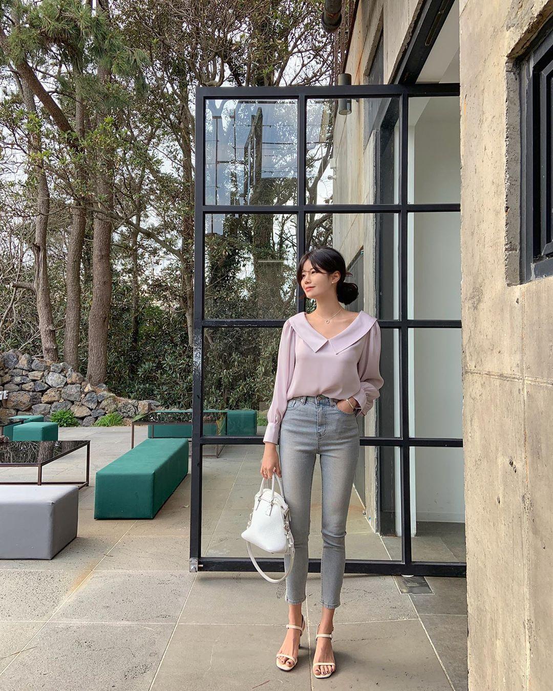 Quý cô chuyên diện quần skinny jeans gợi ý 3 kiểu giày dép kết hợp siêu ăn ý, lại còn kéo chân dài vô địch - Ảnh 7.