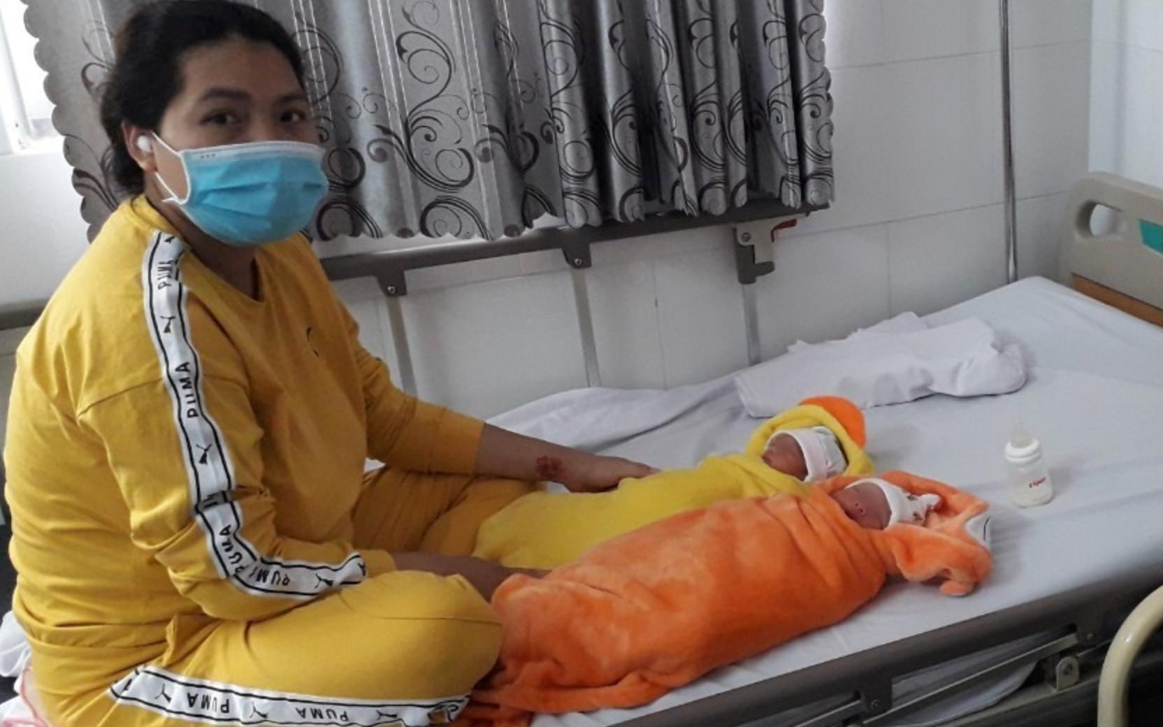 Cấp cứu người phụ nữ mang song thai bị vỡ ối khi đang trên cao tốc TP.HCM - Long Thành - Dầu Giây