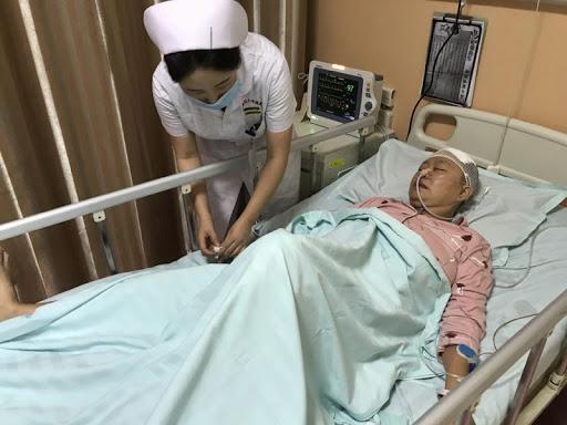 Người phụ nữ 36 tuổi tử vong vì nhồi máu não, bác sĩ lên tiếng cảnh báo 3 bất thường trong cơ thể báo hiệu bệnh mà rất nhiều người làm ngơ - Ảnh 1.