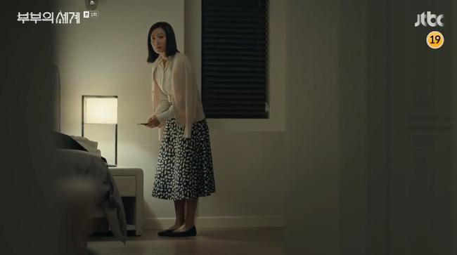 Style trong siêu phẩm bóc phốt ngoại tình đang gây sốt xứ Hàn: Từ nữ chính đến phụ đều mặc đẹp mãn nhãn, không cày phim tiếc lắm ai ơi! - Ảnh 3.