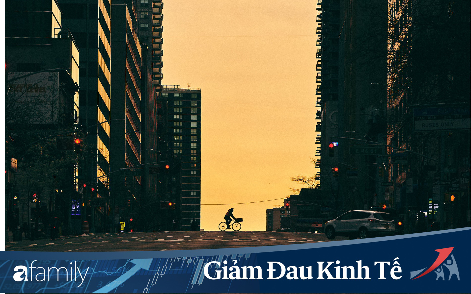 """Chùm ảnh cảnh tượng New York vắng lặng như tờ vì Covid-19: Từ thành phố """"không ngủ"""" nhộn nhịp nhất thế giới giờ hóa quạnh hiu"""