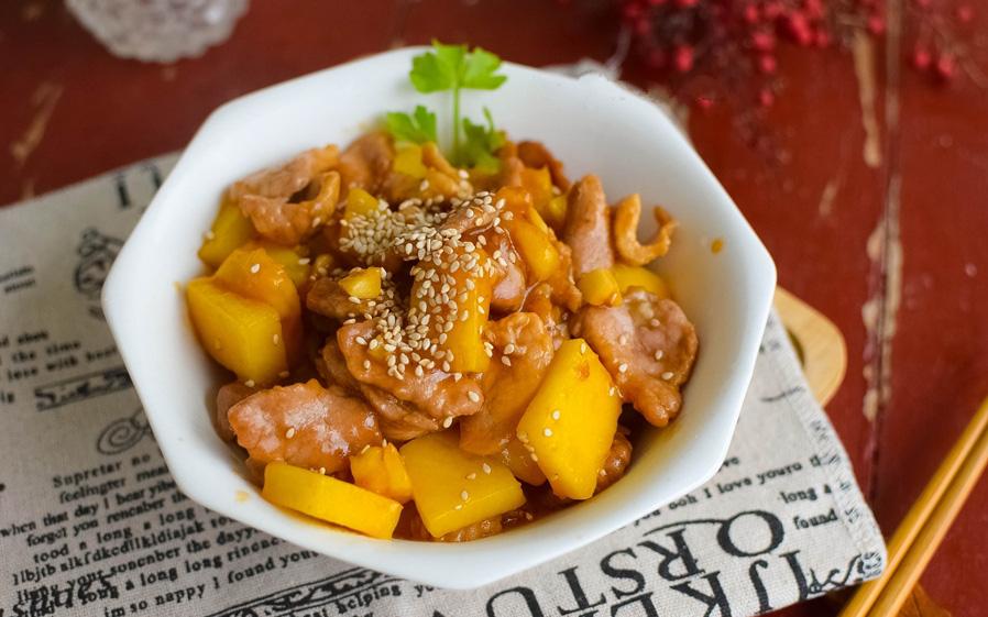 Mùa dứa chín nhất định phải học làm món thịt sốt dứa chua ngọt thơm nức