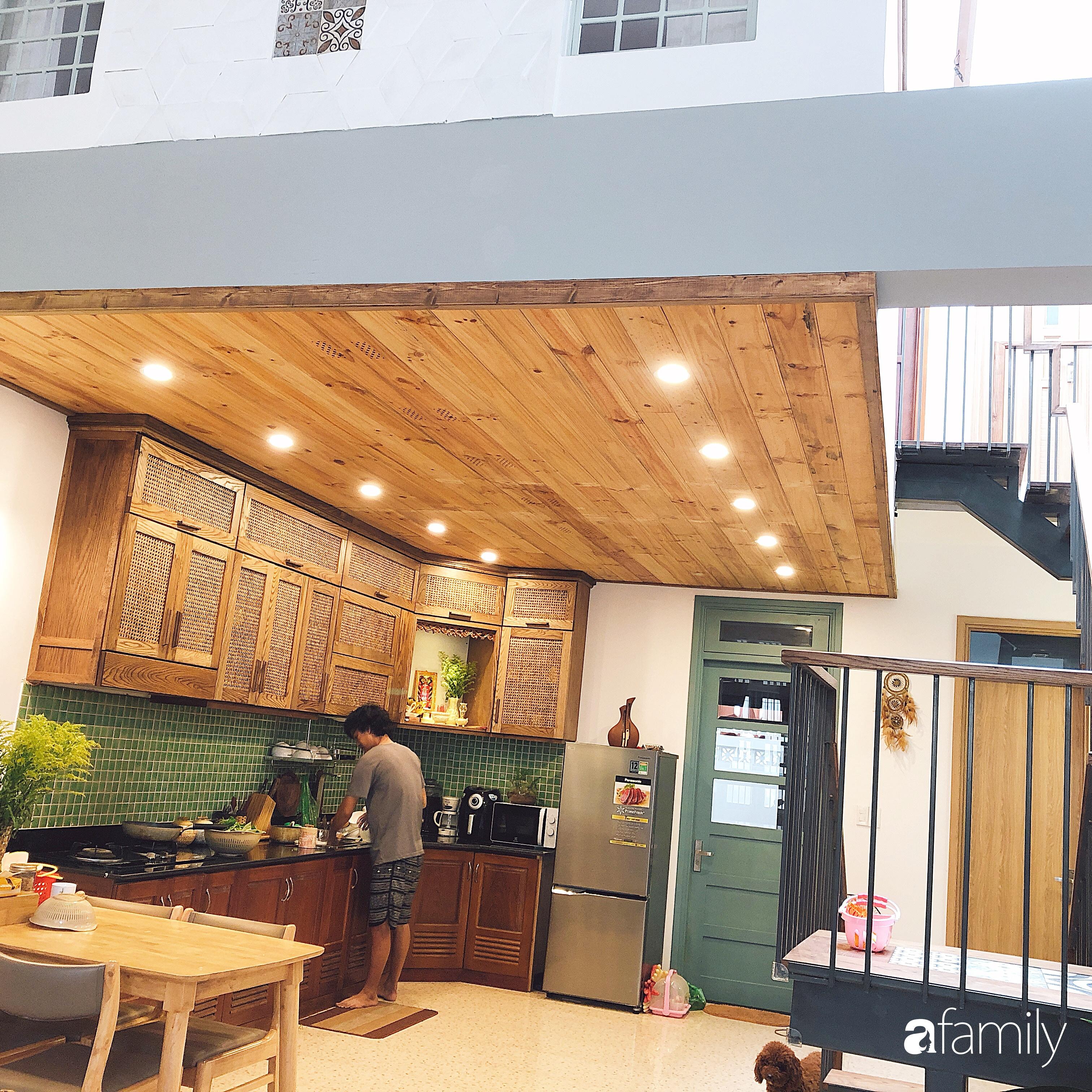 Ngôi nhà 80m² được xây dựng từ những ký ức tuổi thơ yên bình ở thành phố biển Đà Nẵng - Ảnh 10.