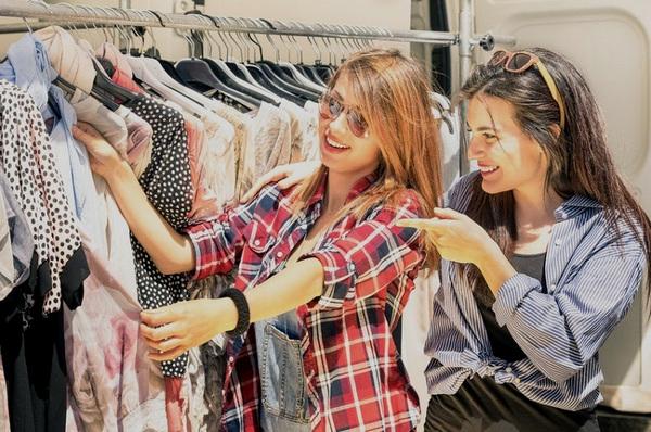 """Nghe chị em rỉ tai nhau bí quyết cách mua quần áo rẻ mà đẹp khiến nhiều người giật mình nhận ra không ít lần mua đồ bị """"hớ"""" - Ảnh 3."""