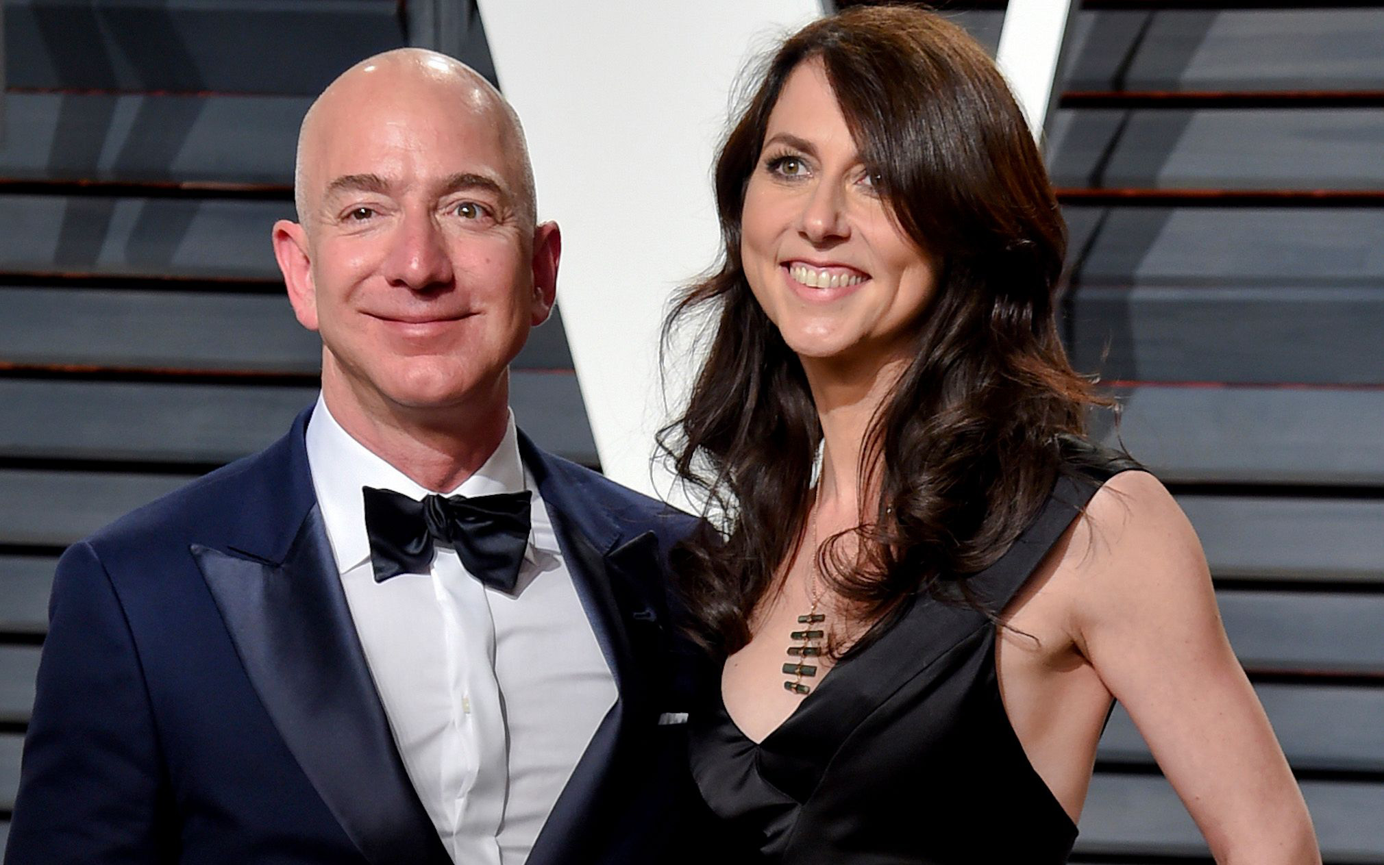 """Canh bạc quyết định cuộc đời: Vợ cũ tỷ phú Amazon có sự lựa chọn khiêm tốn khi thỏa thuận ly hôn để giờ đây được ngồi hưởng """"trái ngọt"""""""