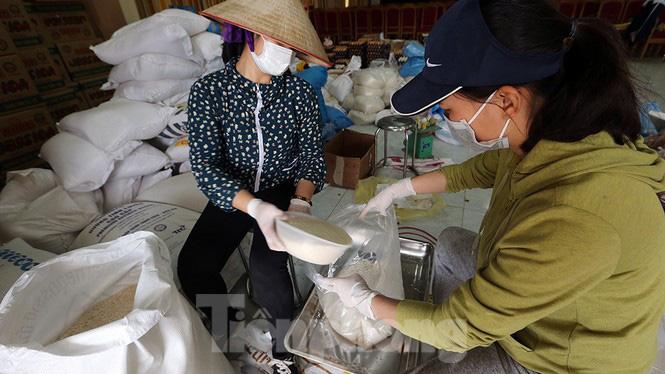 Cuộc sống trong thôn Hạ Lôi sau hơn mười ngày cấm cung vì COVID-19 - Ảnh 15.