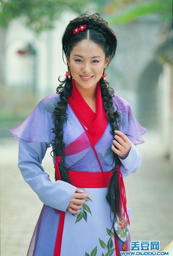 Vì sợ Triệu Vy mà mỹ nữ này phải đổi tên, gây tiếc nuối vì bỏ loạt phim đình đám để lấy chồng là hậu duệ Càn Long  - Ảnh 6.