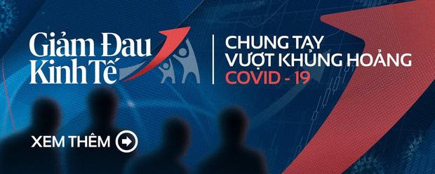 TP HCM: Chính thức giảm thu nhập tăng thêm của cán bộ để hỗ trợ lao động mất việc do dịch Covid-19 - Ảnh 2.