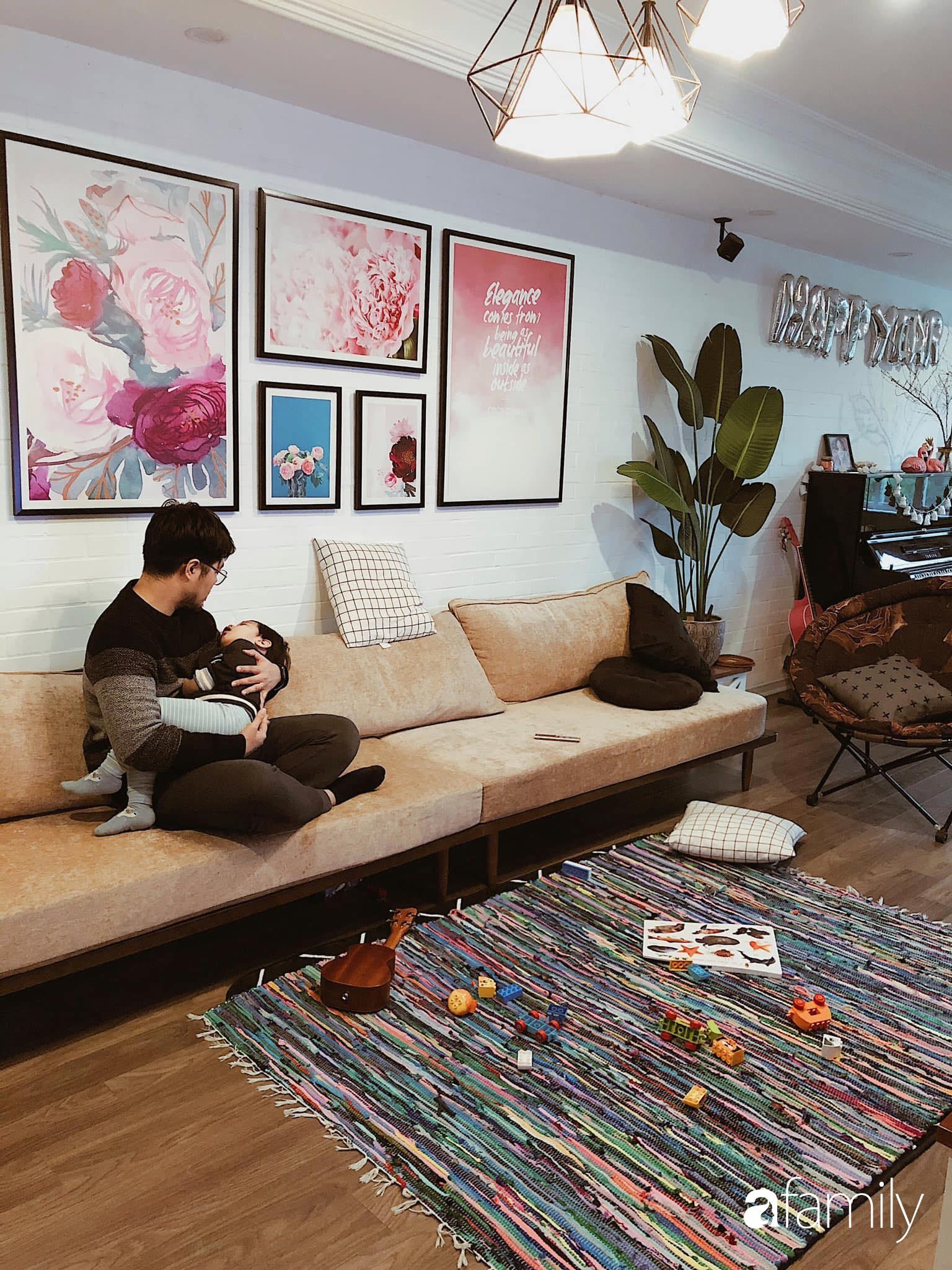 Căn hộ 145m² được décor ấn tượng với điểm nhấn màu xanh ngọc cùng tranh treo tường từ người phụ nữ yêu gia đình ở Hà Nội - Ảnh 3.