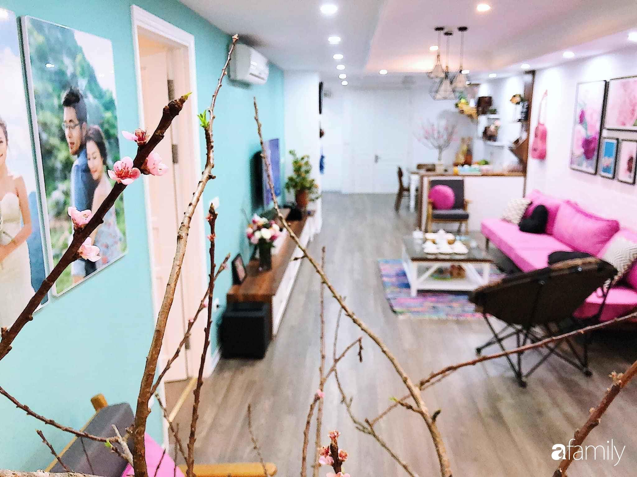 Căn hộ 145m² được décor ấn tượng với điểm nhấn màu xanh ngọc cùng tranh treo tường từ người phụ nữ yêu gia đình ở Hà Nội - Ảnh 1.