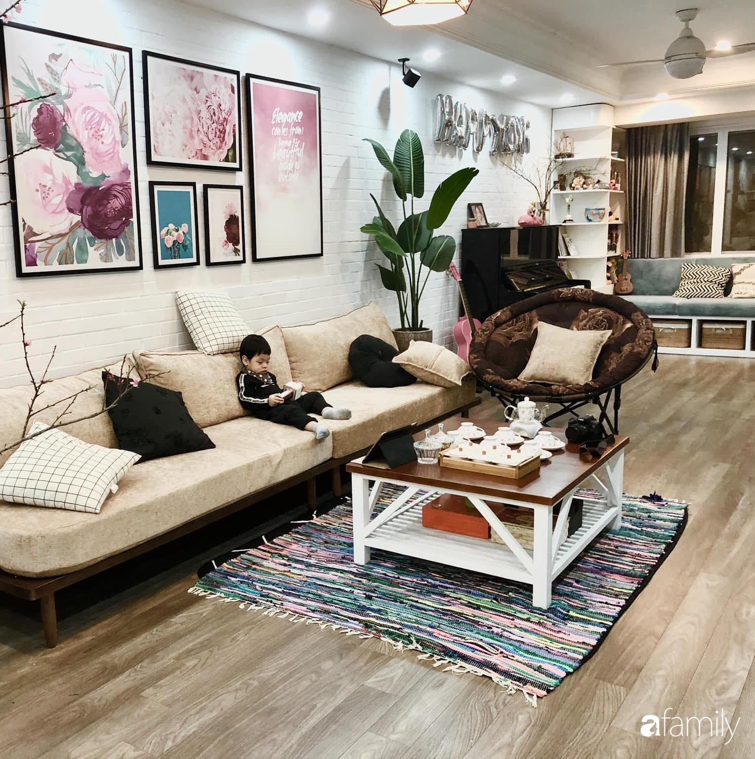 Căn hộ 145m² được décor ấn tượng với điểm nhấn màu xanh ngọc cùng tranh treo tường từ người phụ nữ yêu gia đình ở Hà Nội - Ảnh 4.