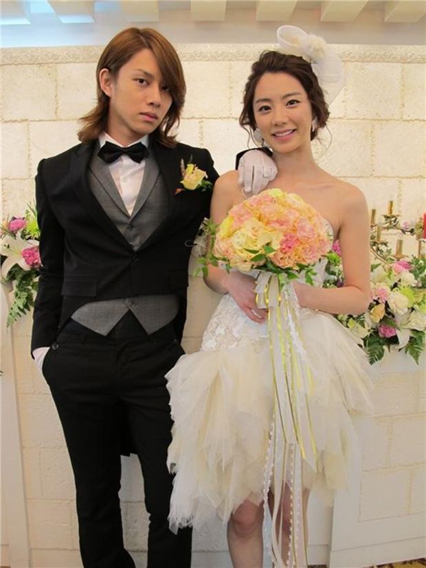 Một bước lên tiên nhờ cưới 'ông hoàng' Bae Yong Joon, tình bạn mỹ nhân 'Vườn sao băng' và Heechul thay đổi bất ngờ - Ảnh 1.