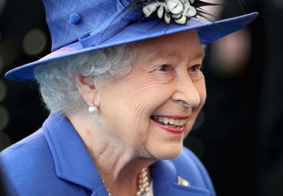 Chế độ ăn duy trì vóc dáng và nhan sắc được lưu truyền qua 3 thế hệ của Hoàng gia Anh trong suốt 100 năm qua - Ảnh 1.