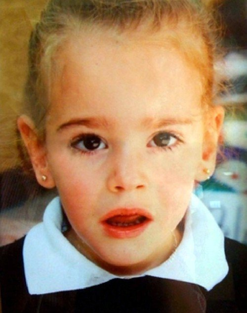 Bé gái mất tích gần 10 ngày khiến cả đất nước chấn động cùng nhau đi tìm cuối cùng tìm thấy thi thể em ngay trong phòng ngủ  - Ảnh 1.