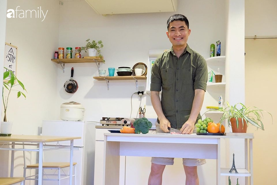 Cải tạo lại phòng bếp đang thuê ở ký túc xá công ty quá đẹp, chàng trai người Việt khiến chị em thêm trầm trồ vì chi phí tu sửa chỉ vỏn vẹn 4 triệu đồng - Ảnh 2.