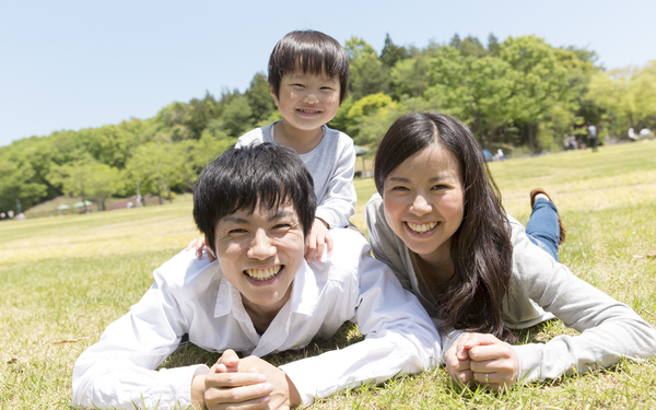 Bố mẹ cần làm gì để con tự giác làm việc nhà?