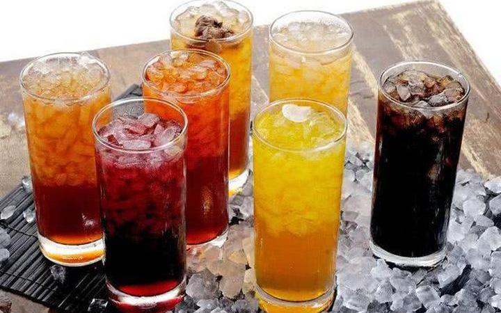 """Loại đồ uống rất nhiều người ưa thích này có thể là """"thủ phạm"""" khiến thận suy yếu"""