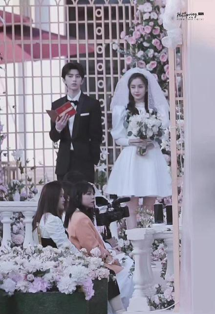 """Không phải Huỳnh Hiểu Minh, mỹ nam cao 1m85 - Thái Từ Khôn là người vừa làm """"đám cưới"""" với Angelababy   - Ảnh 5."""