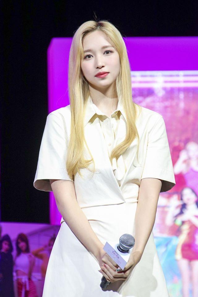 """Twice đồng loạt đổi tóc mới: Tzuyu """"max xinh"""" nhưng kéo đến Sana – Nayeon mới bất ngờ - Ảnh 10."""