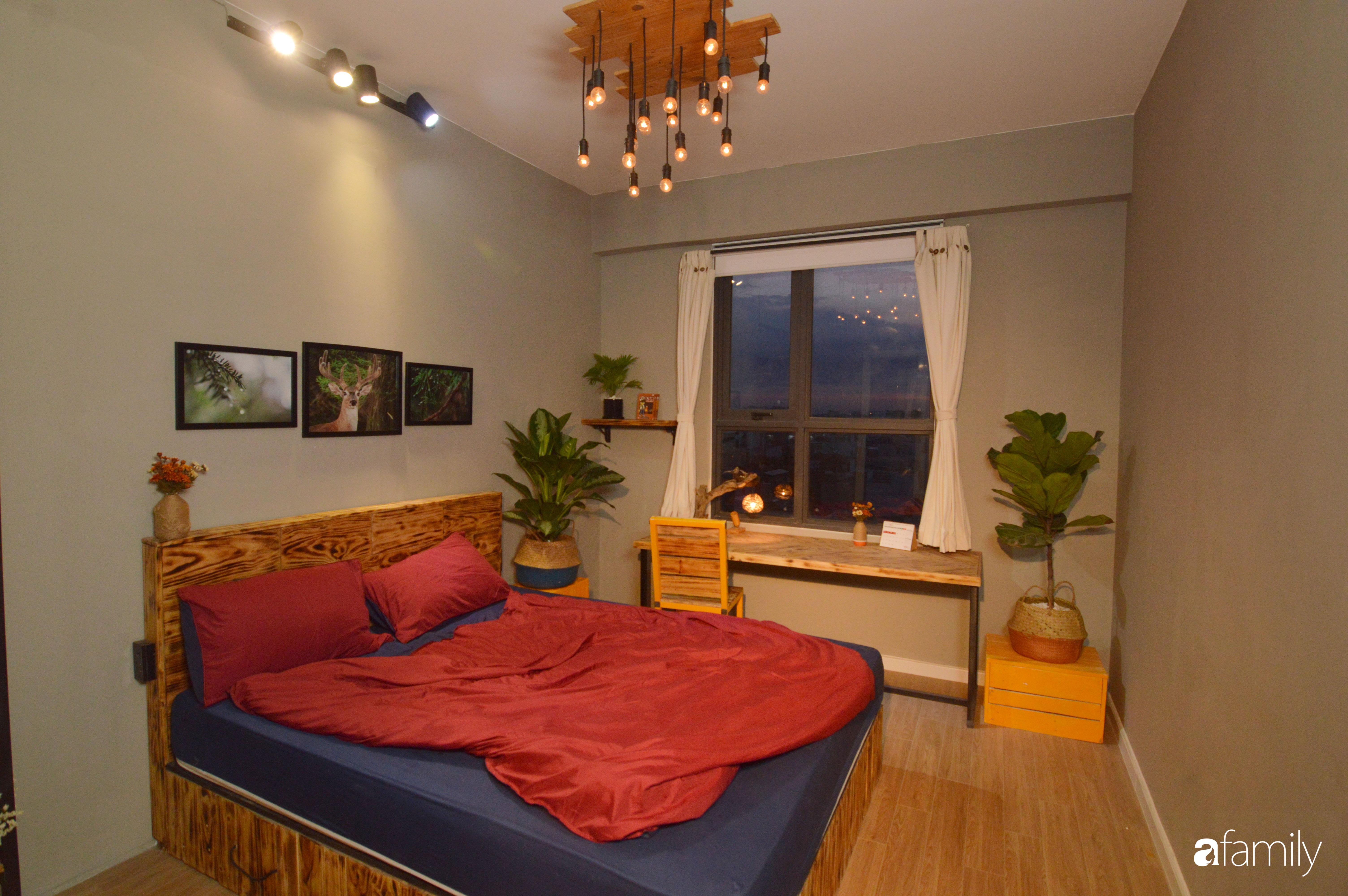 Tự phá bỏ các quy tắc décor thông thường, căn hộ Quận 7 của diễn viên Linh Sơn đẹp cá tính với điểm nhấn sắc đỏ nồng nàn - Ảnh 16.