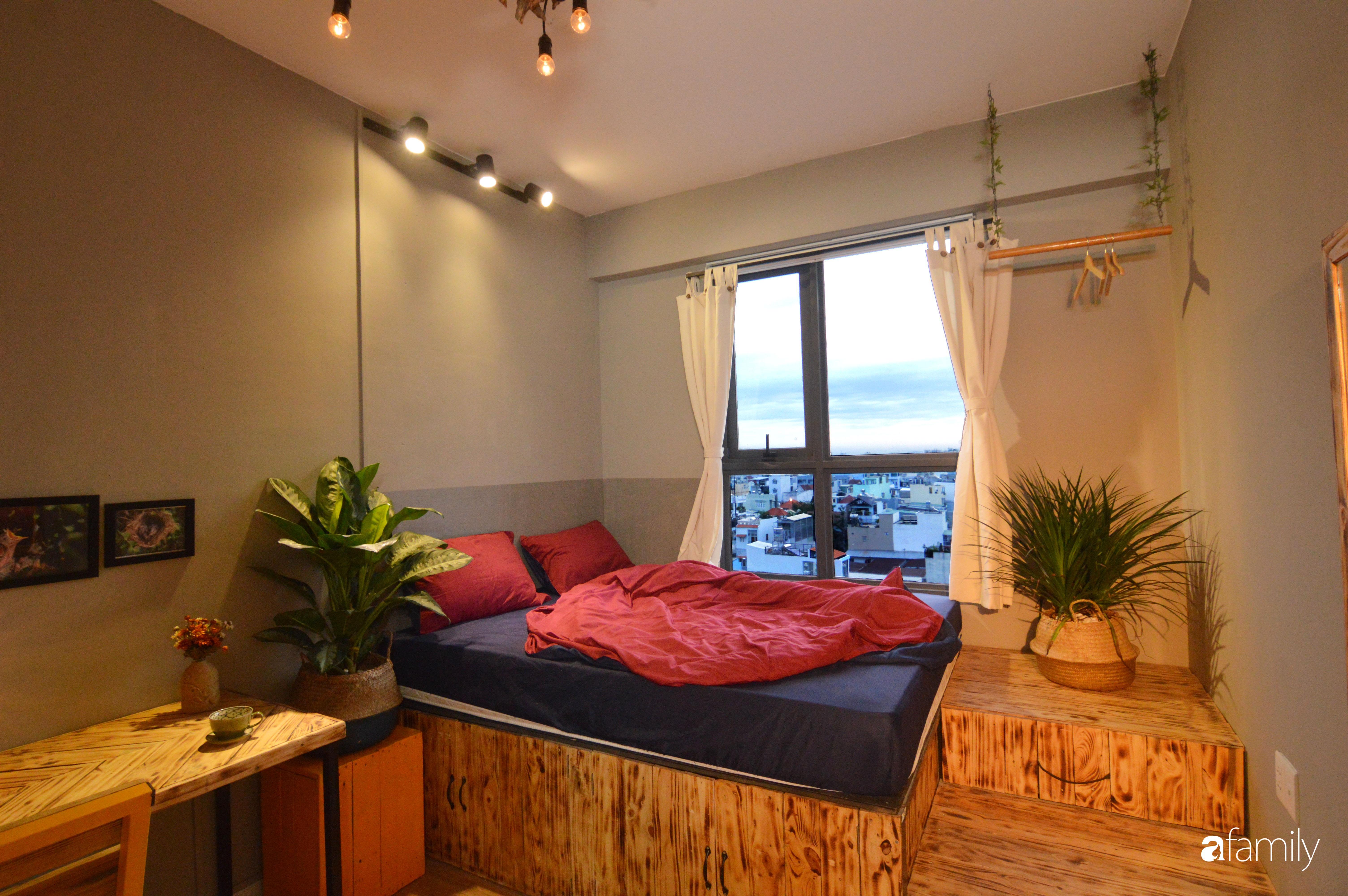 Tự phá bỏ các quy tắc décor thông thường, căn hộ Quận 7 của diễn viên Linh Sơn đẹp cá tính với điểm nhấn sắc đỏ nồng nàn - Ảnh 15.