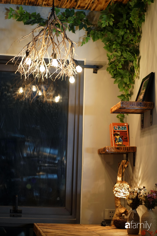 Tự phá bỏ các quy tắc décor thông thường, căn hộ Quận 7 của diễn viên Linh Sơn đẹp cá tính với điểm nhấn sắc đỏ nồng nàn - Ảnh 12.