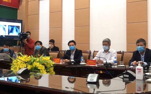 Hội đồng chuyên môn của Bộ Y tế đã họp hội chẩn trực tuyến điều trị ca bệnh Covid-19 diễn biến nặng