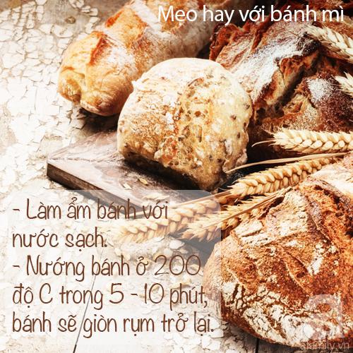 """3 mẹo vặt """"tái sinh"""" ổ bánh mì ỉu thành nóng giòn như mới ra lò - Ảnh 1."""