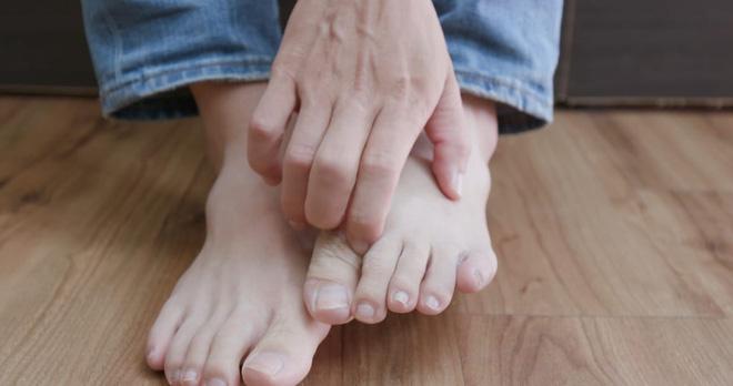 Những người có tuổi thọ ngắn thường có 4 dấu hiệu nhỏ này trên môi, mặt, tay, chân: Bạn cần kiểm tra xem mình có dấu hiệu nào không! - Ảnh 4.