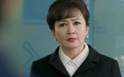 """Tình yêu và tham vọng: NSND Minh Hòa xuất hiện quyền lực, đẹp """"hack tuổi"""" dằn mặt Diễm My 9x khiến dân mạng tung hô"""