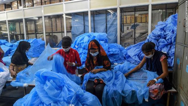 Ca tử vong do COVID-19 tại khu ổ chuột hơn 1 triệu dân gióng hồi chuông báo động đỏ cho tình hình ở Ấn Độ - Ảnh 3.