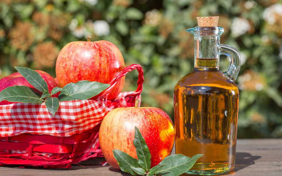 Chỉ 2 thìa giấm táo mỗi ngày, gan thận được giải độc, da lại sáng bóng không tì vết