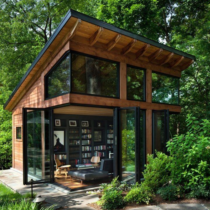 Ngôi nhà bốn bề là vườn cây xanh mát lý tưởng dành cho những ai yêu thích đọc sách - Ảnh 1.
