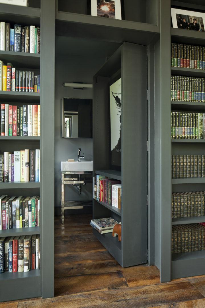 Ngôi nhà bốn bề là vườn cây xanh mát lý tưởng dành cho những ai yêu thích đọc sách - Ảnh 4.