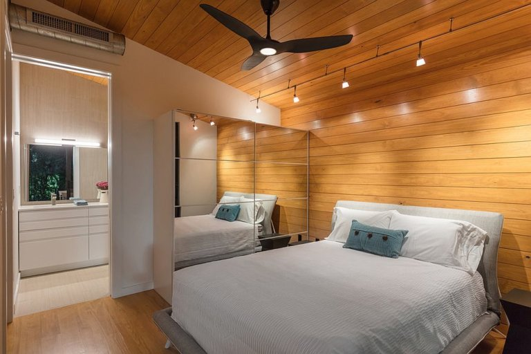 Nhân đôi diện tích dễ dàng cho phòng ngủ nhỏ nhờ sử dụng gương thông minh - Ảnh 10.