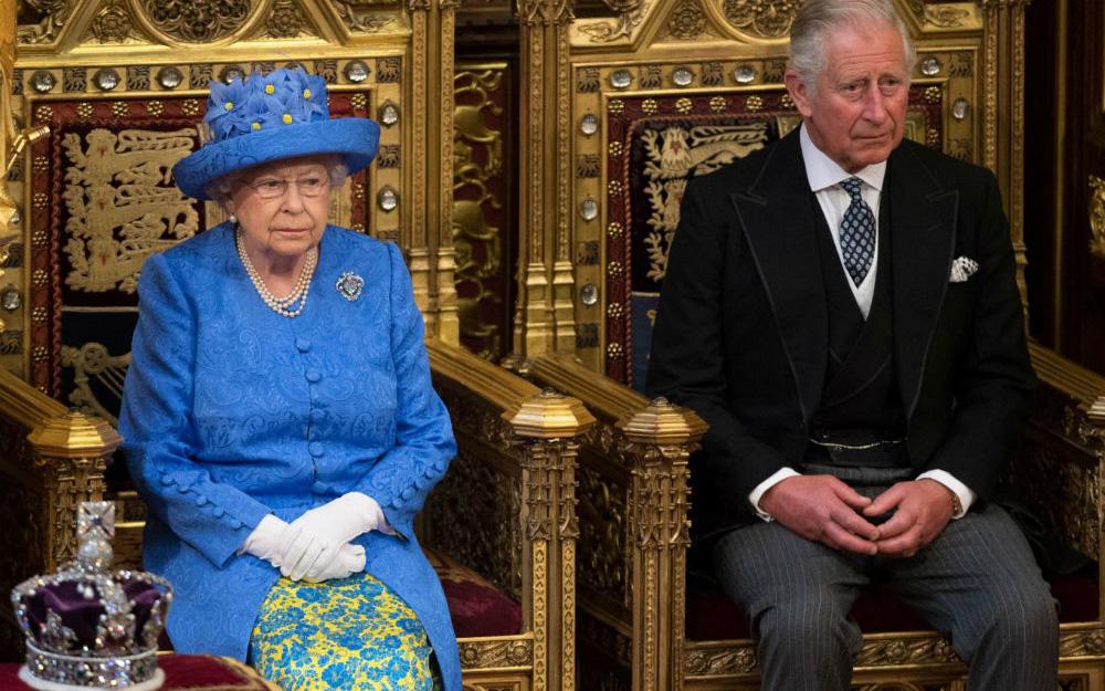 Dấu hiệu cho thấy hoàng gia Anh sắp có sự thay đổi lớn, điều mà Nữ hoàng chưa bao giờ nghĩ đến