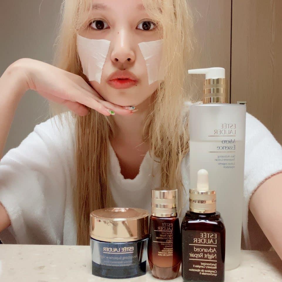 Mỹ nhân có mặt mộc đẹp nhất nhì trong Twice dùng bộ skincare đắt đỏ gần chục triệu, bảo sao da dẻ luôn mịn đẹp không tỳ vết - Ảnh 2.
