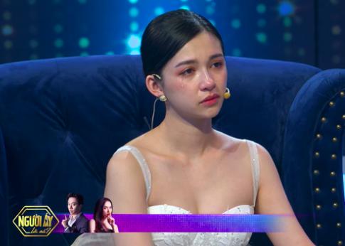 """Midu bất ngờ hé lộ đời sống tình cảm khi chia tay Phan Thành trong chương trình """"Người ấy là ai"""" vừa phát sóng - Ảnh 1."""