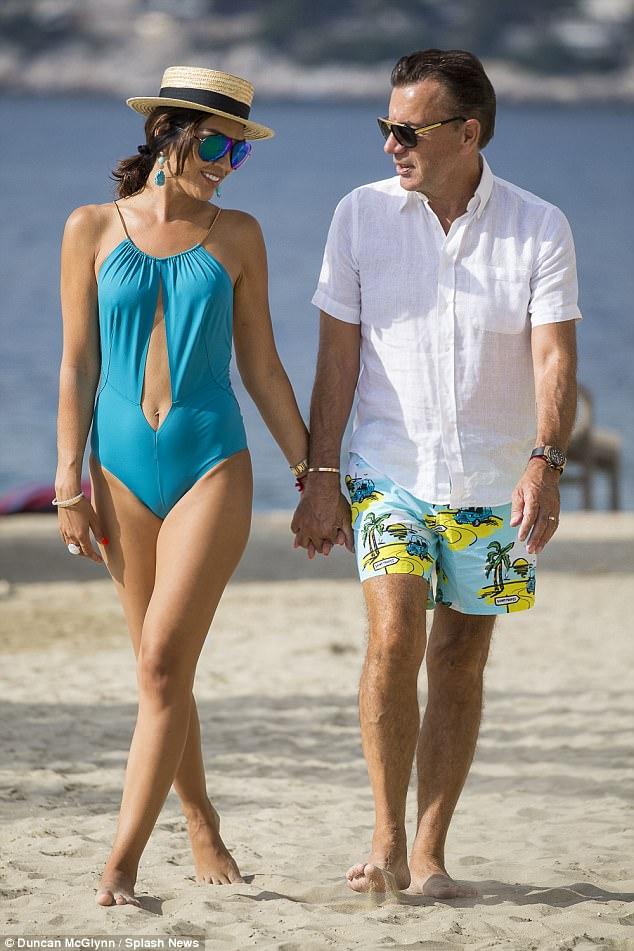 """Từng gây xôn xao dư luận khi kết hôn với tỷ phú hơn 31 tuổi, nhận nhẫn cưới 2 tỷ đồng, """"chân dài"""" xinh đẹp giờ đây có cuộc sống khiến nhiều người ngỡ ngàng - Ảnh 3."""