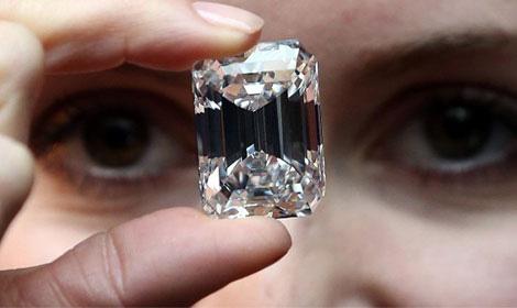 Chuyên gia kim cương Lê Văn Tâm- Tâm Luxury gợi ý cách phân biệt kim cương thiên nhiên và nhân tạo - Ảnh 2.
