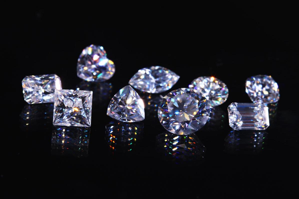 Chuyên gia kim cương Lê Văn Tâm- Tâm Luxury gợi ý cách phân biệt kim cương thiên nhiên và nhân tạo - Ảnh 4.