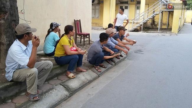 Những vụ tai nạn do vận chuyển tấm tôn trên đường phố: Nhiều nạn nhân là trẻ em đang rung lên hồi chuông cảnh báo về mối ẩn hoạ luôn trực chờ - Ảnh 3.