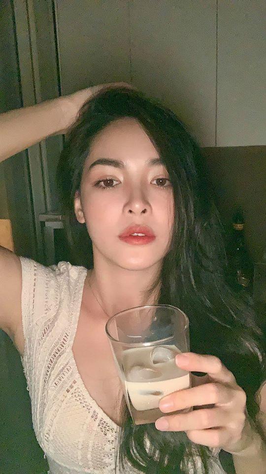 """Nữ chính """"xinh như mộng"""" của Người Ấy Là Ai lần đầu kể chuyện nói dối bố để sang Hàn Quốc phẫu thuật thẩm mỹ, nhan sắc thay đổi khiến gia đình tưởng người lạ - Ảnh 7."""
